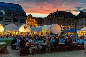 Weinparade Würzburg bei Nacht