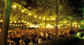 Hofgarten Weinfest Würzburg Allee